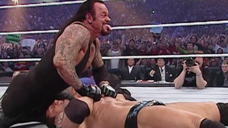 batista-vs-the-undertaker-world-heavyweight-championship-match-wrestlemania-23-full-length-620x350