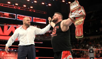 backstage-criticism-over-kevin-owens-championship-win.jpg
